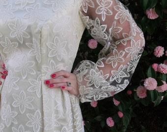 Vintage 60's Cream Lace Wedding Dress. Boho Wedding Dress. Gypsy Dress