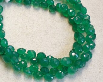 Emerald Green Onyx Onion Briolette Beads, 6mm Faceted Gemstone, 8 Inches