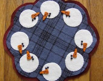 Snowbuddies Wool Candle Mat