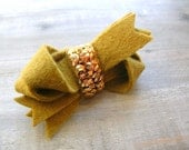 Gold Sequin Twist Bow Clip // Felt and Metallic Sequin // Women's Hair Accessories by OrdinaryMommy on Etsy