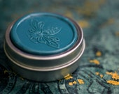 Sierra Solid Gold Natural Perfume in Round Tin - Sweet, spice and confiers. A Vertical Eden. Felix felicies, prosperity chord. Holiday Scent