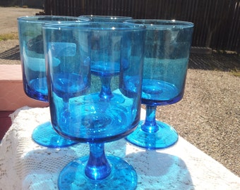 4 Mid century blue goblets
