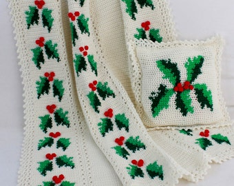 Festive Hollies Afghan and Pillow Pattern PDF