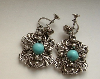 Amazing Vintage Costume Turquoise Cabochon Earrings