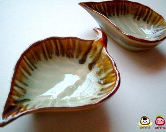 Green Ceramic Leaf Bowl, ceramic plate, dish, leaf dish, sauce, small, ceramic bowl, decoration, decor, decorative, brown