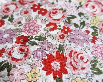 Roses and Daisies in Red - Floral Fabric - Fat Quarter