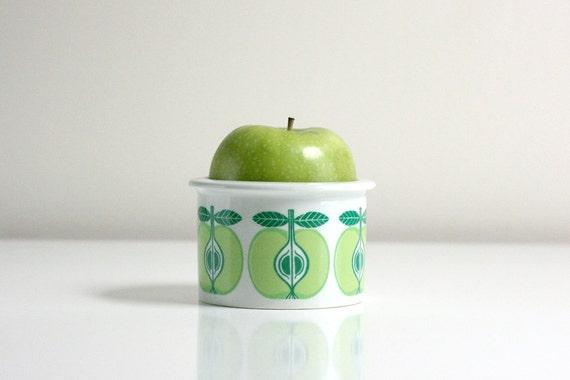 Vintage Arabia of Findland Apple Jar