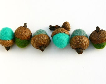 Turquoise Wool Acorns, 6 Handmade Felt Ocean Blue Needle Felted Woodland Colorful Waldorf home decor Autumn Fall Thanksgiving decorating