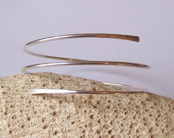 Upper Arm Bracelet - Sterling Silver Filled - Minimalist Triple Coiled Armband with Hammered Ends - Upper Arm Cuff