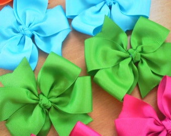 Lot of 10 PinWheel 4 inch Hairbows with Center Knot Great PIGTAIL HAIR BOW