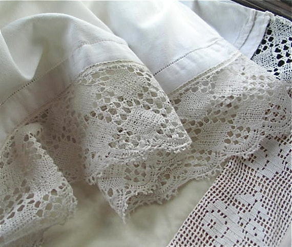 French Linen Cotton Sheet with Handmade Bobbin Lace