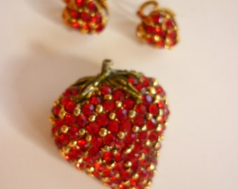 60s Luscious Strawberry Rhinestone Pin & Earring Set