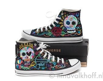 CUSTOM MADE hand-painted Converse Allstars 'Dia de los muertos', day of the dead