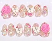 Deco nails, false nails, oval nail, hime gyaru, gyaru nail, gaijin gyaru, kawaii nail, 3D nail, sweet lolita, white lolita,