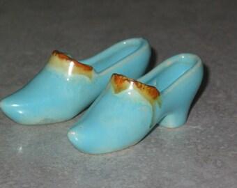 pair miniature flambe Belgium Pottery high heel Shoes 2 mini turquoise orange shoe