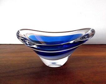 "Midcentury Modern Flygsfors ""Coquille"" Blue Art Glass Bowl, Paul Kedelv, Swedish Glass"
