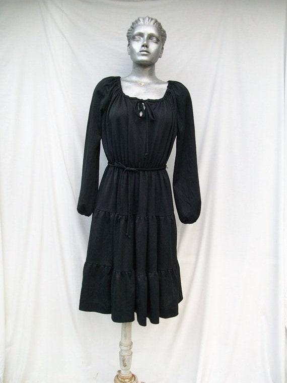70s Tiered Ruffled Peasant Dress Hippie Boho size Medium to Large