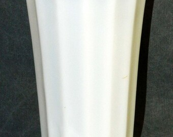 Vintage Mid Century Modern Vase Milk Glass Ribbed Fluted Flat-Rib Design Flower Scalloped Top Edge 8.75 inches CrabbyCats, Crabby Cats