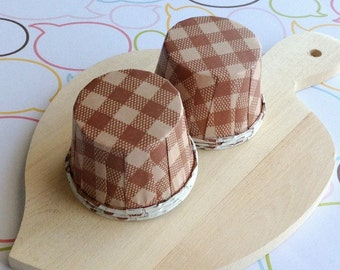 50 Brown Gingham Baking Cups
