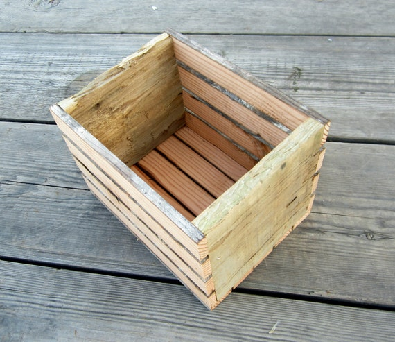 Reclaimed Wood Box - Rustic Crate - Country Home Decor - Organizer -  Storage Box - - Reclaimed Wood Box Rustic Crate Country Home Decor