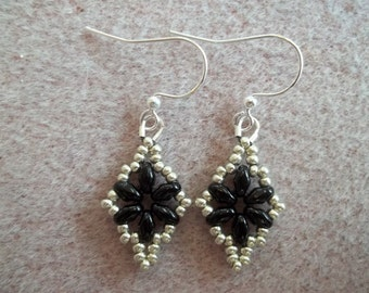 Dazzling Duo Earrings PDF Bead Weaving Pattern Tutorial (INSTANT DOWNLOAD)