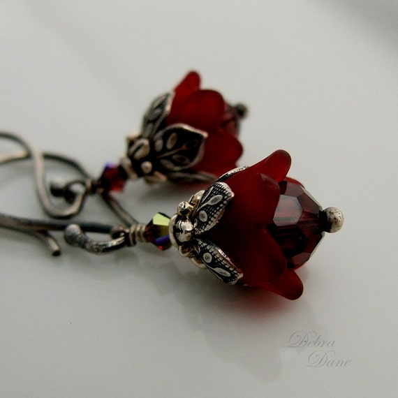 Tiny garnet flower earrings january birthday winter wedding for Gemsprouts tiny plant jewelry
