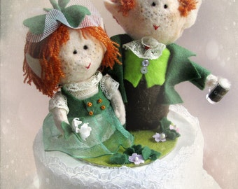 Guinness Leprechaun wedding cake topper - Irish Bride Groom handmade felt dolls - Bridal OOAK Custom orders welcome - Hand Made in France