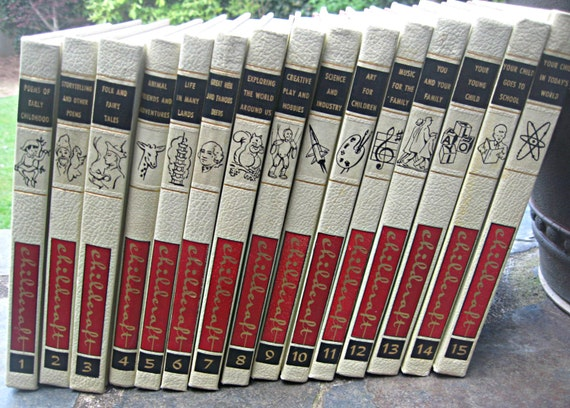 Vintage set of Childcraft from 1961, wonderful condition, illustrated, mid century book set