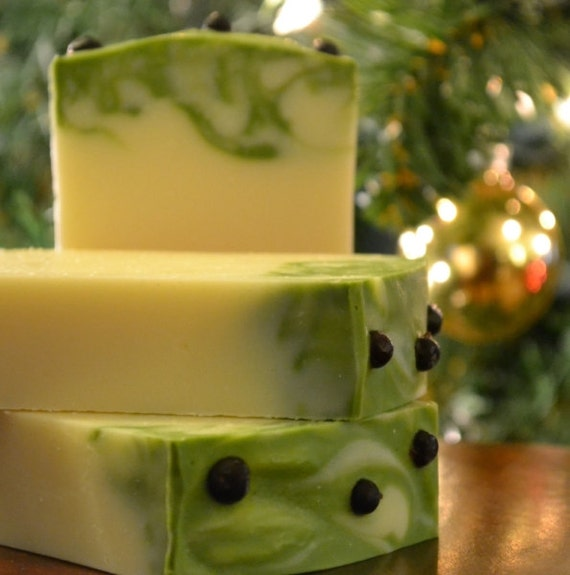 Items similar to Juniper Berry and Grapefruit Soap - Vegan Soap ...