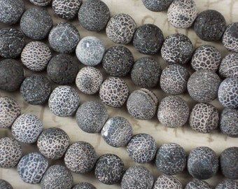 33 Frosted Agate Beads Black, Gray & Cream White 12mm Crackle Matte Finish Acid Etched Veined (5102)