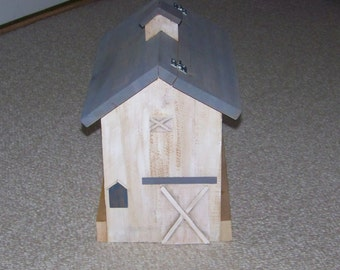 Large White Barn Birdfeeder