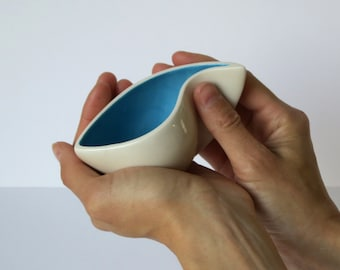 Curvaceous Cups
