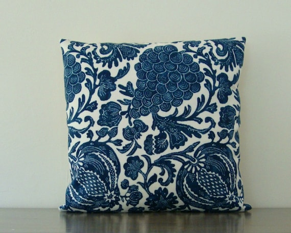 """Indoor/Outdoor Pillow Cover Blue and Ivory Batik Floral 20"""" x 20"""" (51 cm)"""