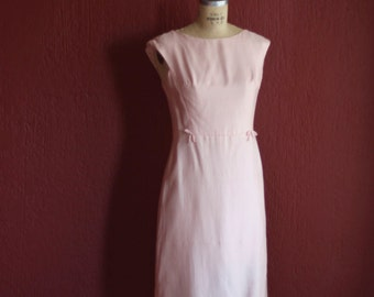 Vintage 1960's Pastel Pink Silk Cocktail Dress With Bows At Front Hips - Mardi Gras New York -  Size 12 Medium