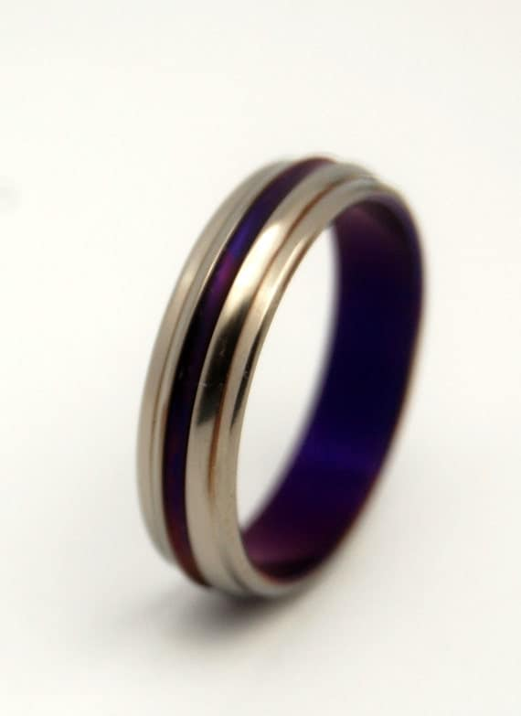 Titanium wedding ring, wedding ring, titaniun rings, mens ring, womens rings, eco-friendly - PASSION FOR PURPLE