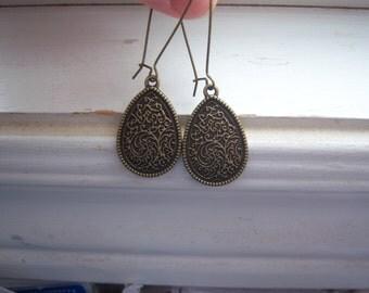 Teardrop Earrings - Wedding Day Earrings - Drop Earrings