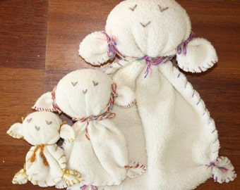 "Organic cotton lovey, huggie, stuffed toy, lamb (small 4 x 4"" )"