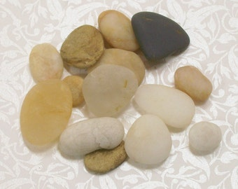 Beach Stone Supplies Polished Stones Sea Pebbles Natural Organic Combing