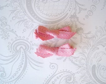 Hair Bows -- Clips -- Pink and White Herringbone