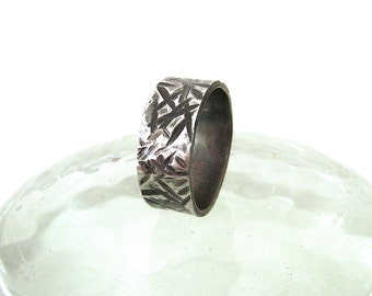 Stainless Steel Ring: Grinder