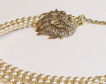 Necklace Vintage and Pearls Gold