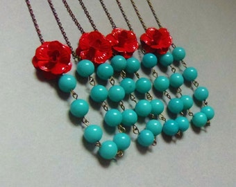 Red and Turquoise Flower Bridesmaids Necklace Set of Four. Statement Necklace. Bridal Jewelry. Bridesmaid Necklace. Beaded Necklace