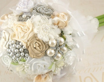 Brooch Bouquet, Champagne, Ivory, Cream, Silver, White, Wedding, Jeweled, Bridesmaids, Maid of Honor, Crystals, Pearls, Tulle, Vintage