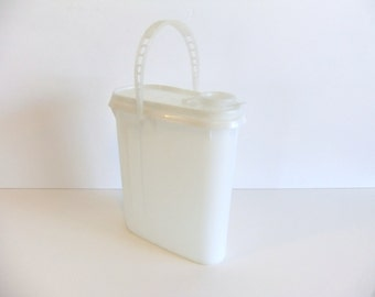 Vintage Tupperware jug  pitcher