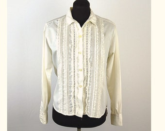 1960s blouse, cream white blouse, lace ruffle front, pintuck pleats, open lace work, Donnkenny, Size M