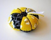 Yellow and Black Pincushion - Needle Pin Cushion - Sewing Pin Holder - Sewing Accessory