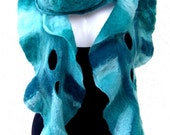 Felted Scarf Ruffle Wavy, Teal Green Turquoise, With Holes, Merino Wool Felt Scarf