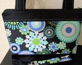 FREE SHIPPING in the U.S. SALE - Zipper Handbag, Purse, Bag - Turquoise Flowers including Matching Key Fob - Last One