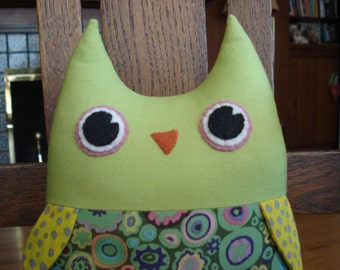 Stuffed Owl Toy