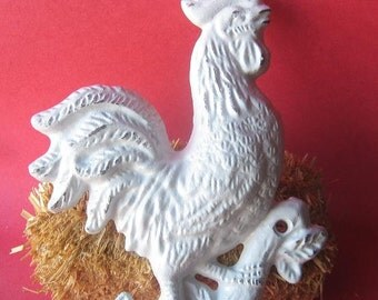 Cast  Iron Rooster/ Chicken  Hook Hanger  in White/ Towel Holder/Rustic/Cottage Chic/Farmhouse Decor